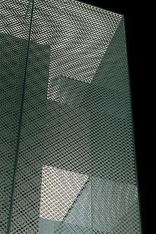 LOUIS VUITTON NAGOYA, facade: Metals Facades, Vuitton Nagoya Facades, Architecture Facades, Architecture Art, Facades Details, Stores Facades, Vuitton Facades, Design Studios, Arches Facades