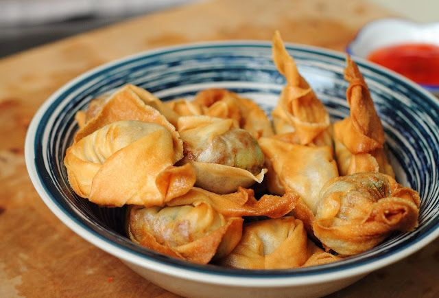 Great Indonesian snack: Pangsit Goreng