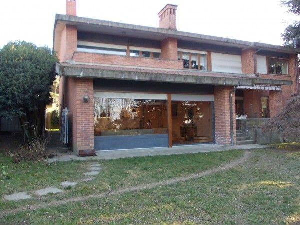 Vendita Villa in strada san vincenzo Torino. Buono stato, posto auto, riscaldamento autonomo, 450 mq