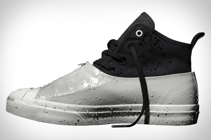 The second collaboration between Converse and Hancock Vulcanised Articles, the Converse Jack Purcell x Hancock Wetland Sneaker goes above and beyond prior versions to keep your feet dry. While the first collaboration featured vulcanized uppers, the new Wetland sneaker adds...
