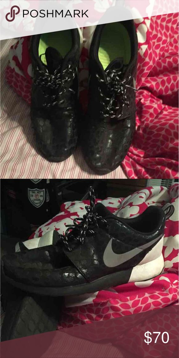 Nike Roshe Runs with cheetah print in black They are Nike Roshe Runs in black and white, with a cheetah print on the black. They have been very lightly worn, and have been cleaned! They look like new, and are very comfortable. Nike Shoes Sneakers