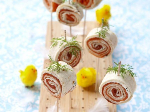 Tortillarol met kruidenkaas en zalm - Libelle Lekker!
