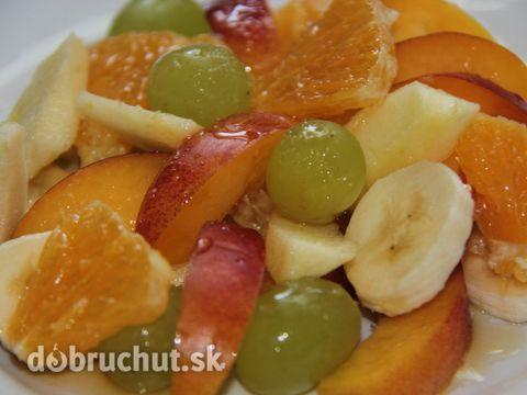 Ovocný šalát s medovo citrusovou zálievkou
