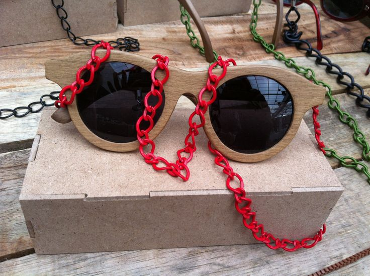 Red metallic sunglasses chain. So wonderful with wooden sunglasses.