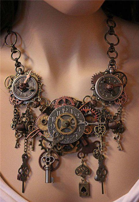 Steampunk Necklace, gorgeous!