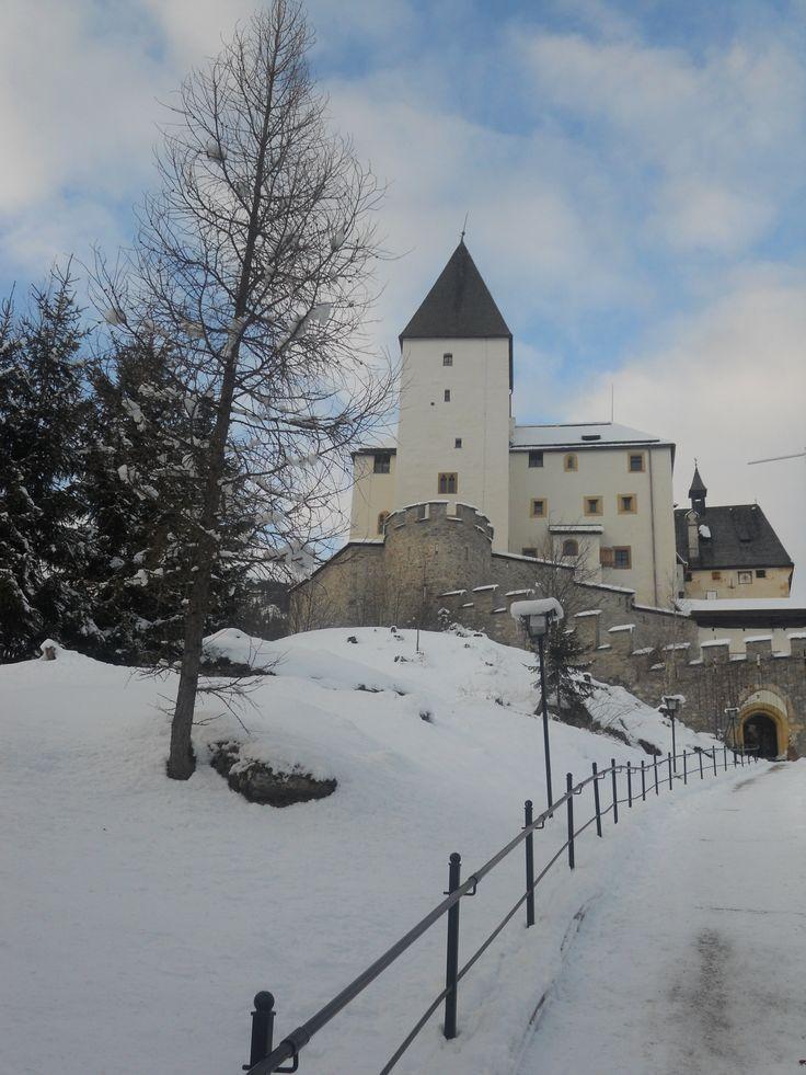 castello di mauterndorf si trova vicino a Salisburgo