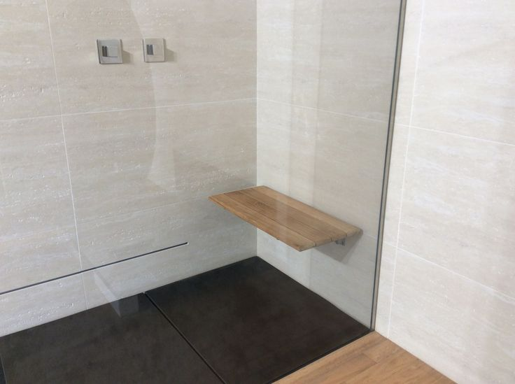 Seduta doccia disabili, su misura #seduta #doccia #sedia #disabili #docciadesign #design #bagno #bagnodesign #bagnomoderno #moderno