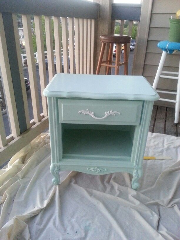 shabby chic furniture diy | Shabby chic bedside table #diy#furniture #shabbychicfurniture Love the color.