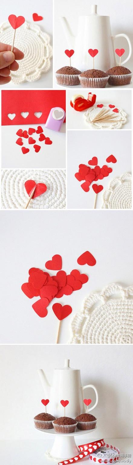 Come rendere speciale una merenda romantica! Basta un po' di cartoncino rosso, stuzzicadenti e nastro adesivo! #semplice #idea #vivisimply