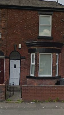 3 bedroom terraced house to rent in Abbey Hey, Manchester. Quiet location close to train station and public transport.   Local amenities, Tesco fast food etc 5 mins away. Gas central heating, local schools close by