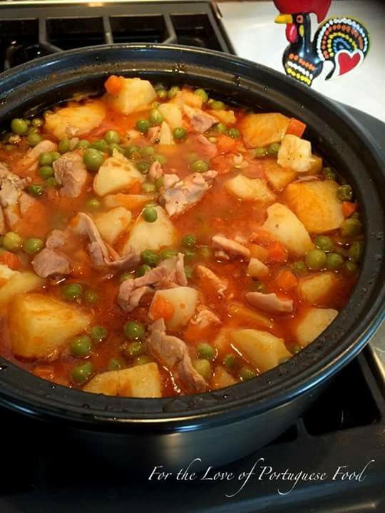 Portuguese chicken stew