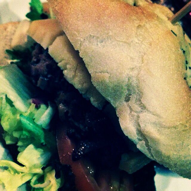 The Hoff Burger Chi - Pitch Bar & Eatery (Cardiff)
