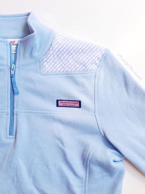 Vineyard Vines Half Zip Pullover with Seersucker details