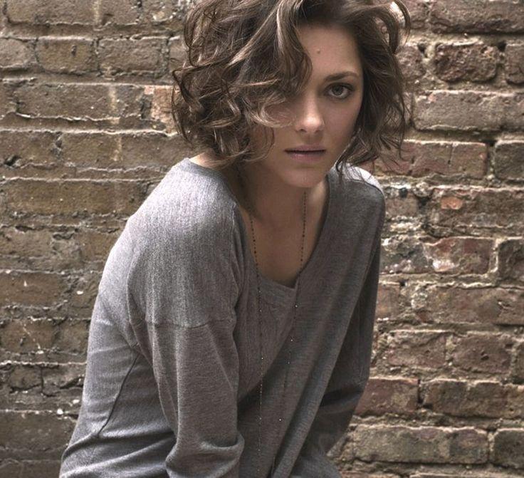 Marion Cotillard Short Curly Hair Cosmetics