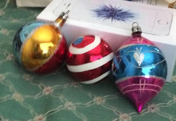 Made In Poland One Ornament Has Paint Missing See Pic Christmas Ornaments Vintage Christmas Ornaments Christmas Decorations
