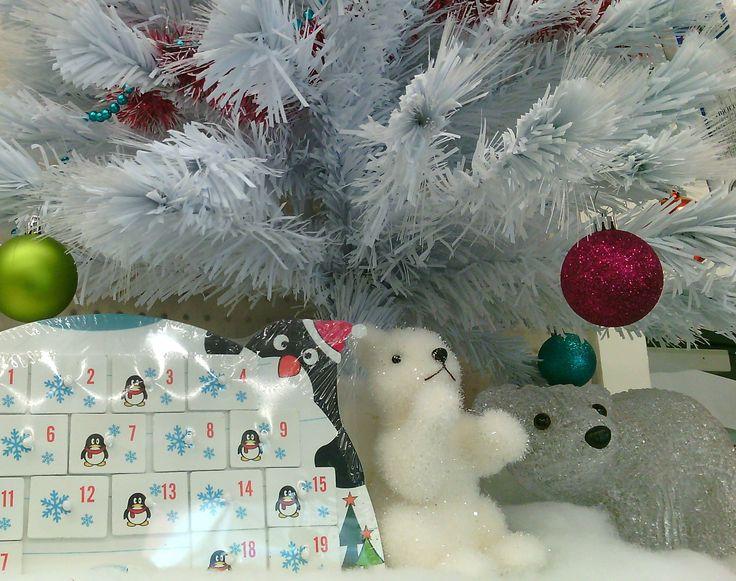 Invitez la banquise chez vous à #Noël grâce à un joli sapin blanc en fibre optique.