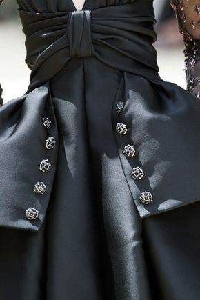 Chanel Fall 2017 Couture Fashion Show Details