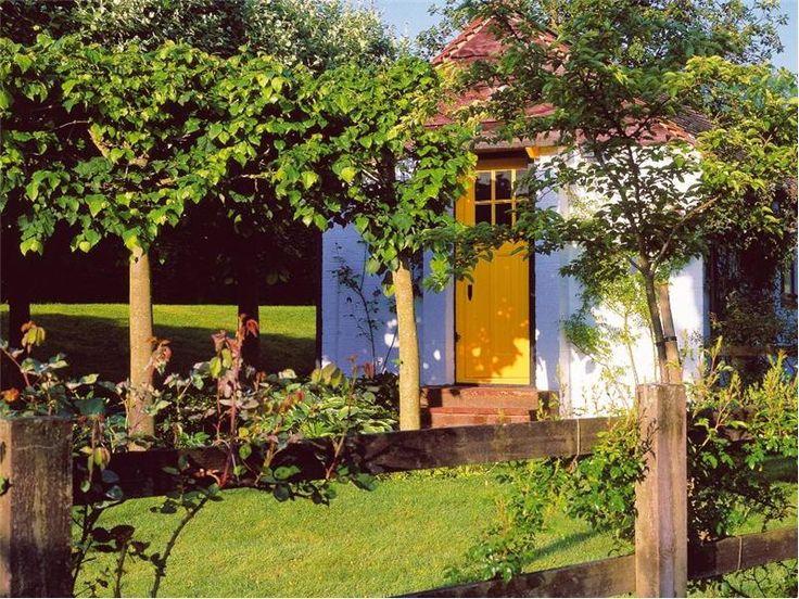 Roald Dahl S Writing Hut At Gipsy House In Buckinghamshire