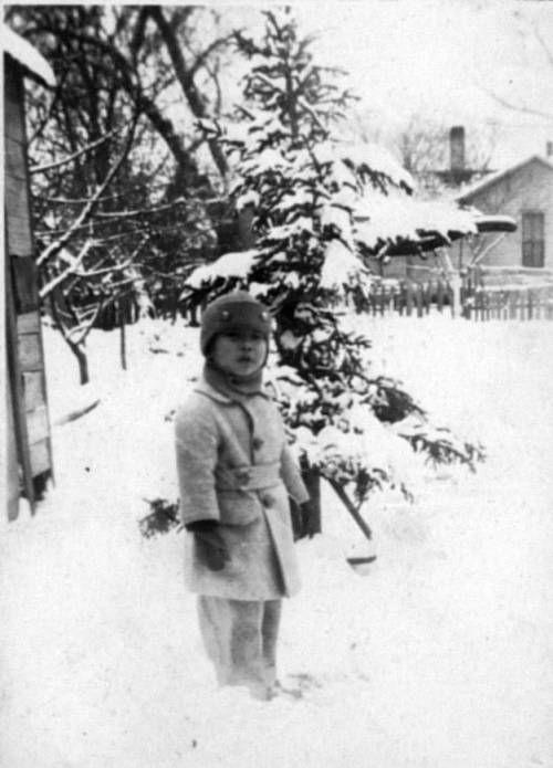 Richard Hahn in snow. http://digitallibrary.usc.edu/cdm/ref/collection/p15799coll126/id/13482