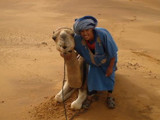 Africa: Amazigh berber camel guide, Merzouga, Morocco