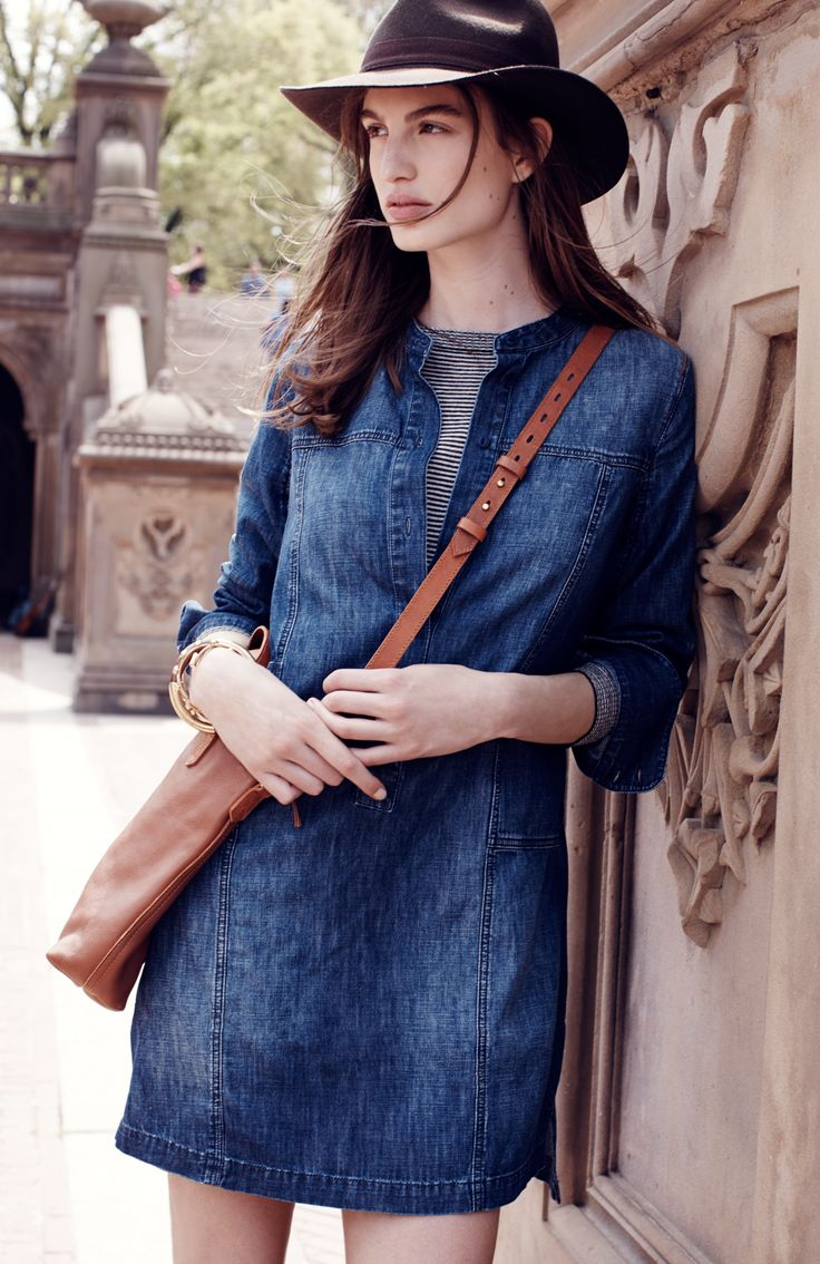 Madewell downshift dress worn with Biltmore® & Madewell fedora + the mini transport crossbody. #denimmadewell