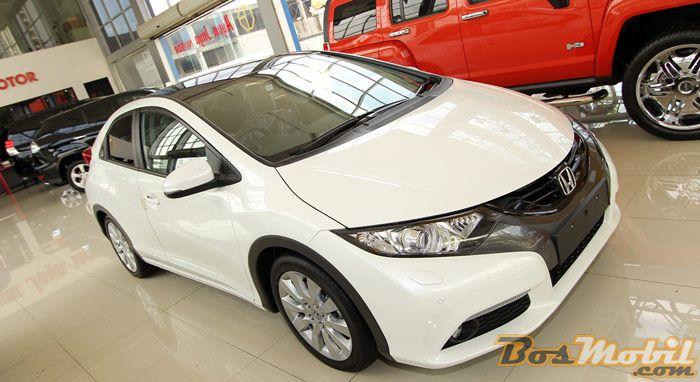 Honda Civic Hatchback Euro Spec : Kenyamanan Beraura Sporty #info #BosMobil