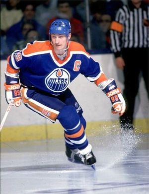 Edmoton Oilers rock!! Wayne Gretzky.. one of the best Canadian hockey players of all time!