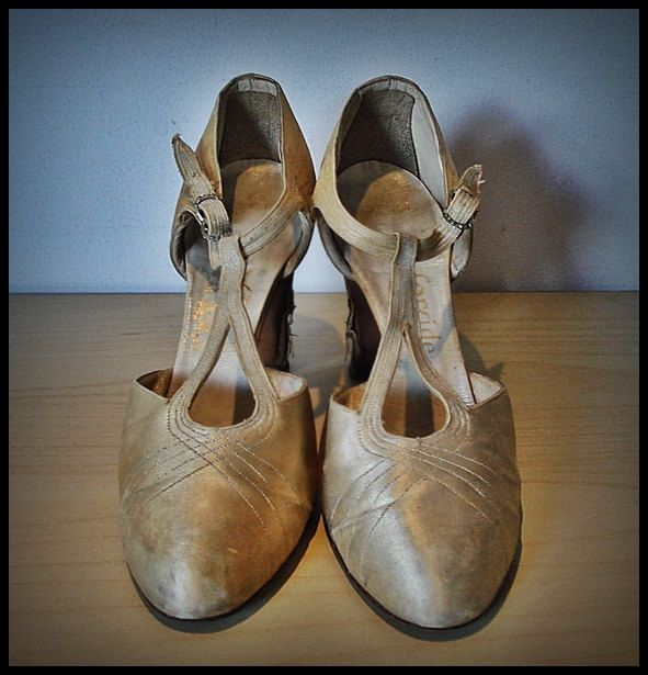 1930's Shoes, Rare Pair of Harvey Nichols of Knightsbridge Shoes, Vintage Shoes, Antique Shoes, Silk Shoes. Tea Dance Shoes, by thevintagearcade on Etsy https://www.etsy.com/listing/237631671/1930s-shoes-rare-pair-of-harvey-nichols