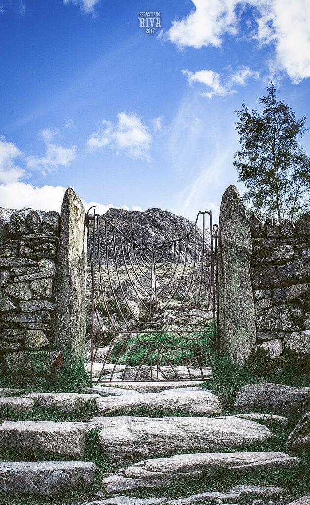 https://flic.kr/p/UyoW3h   Gates of Snowdonia   Snowdonia / April 2017