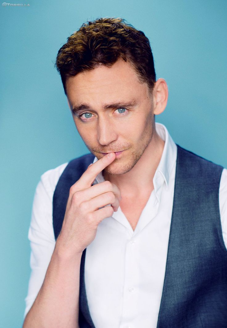Tom Hiddleston. Photographed by Denise Truscello. D23.