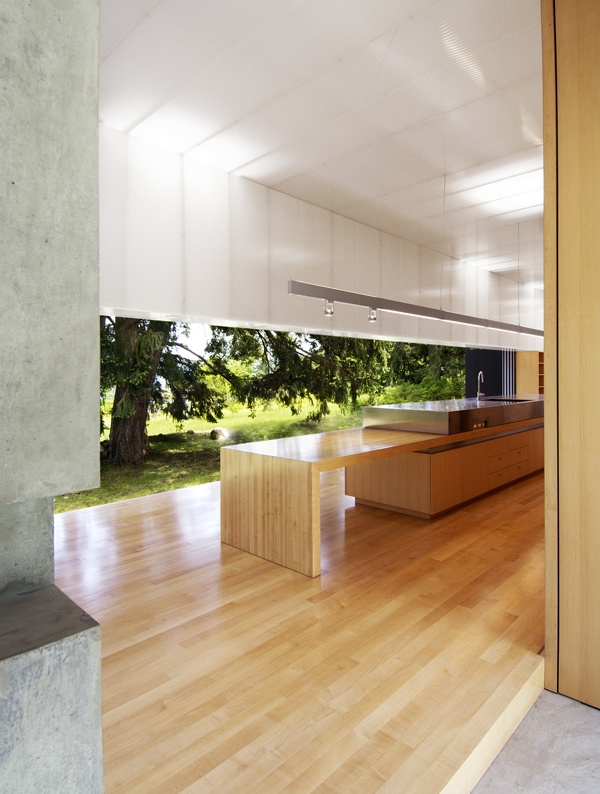 :: KITCHENS :: ARCHITECTURE :: serious architecture, love the the Linear House, Salt Spring Island, British Columbia of Patkau Architects, Photo Credit: James Dow #architecture