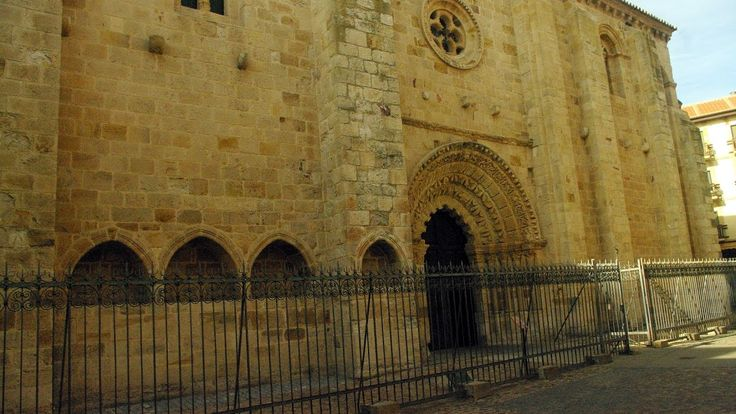 Fotos de: Zamora - Románico - Iglesia de Santa Maria Magdalena - Capiteles