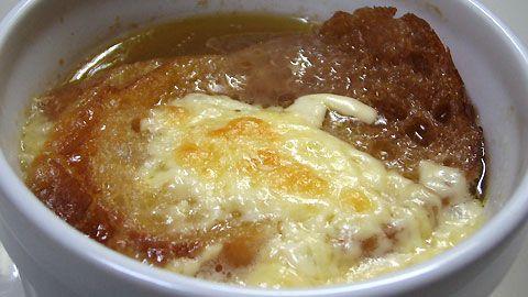 ソパ・デ・ケソ(チーズ入りにんにくスープ):スペイン料理簡単レシピ集