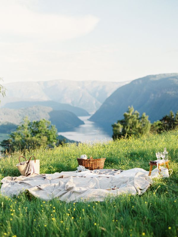 Organic Wedding on the Fjords of Norway | Outdoor Norway Wedding Ideas