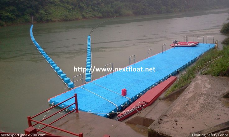It is a both floating safety-fence and platform for rafting outdoor sports in Korea, Pochen.  포천에 설치된 래프팅계류장으로 안전펜스와 함께 시공되었습니다.