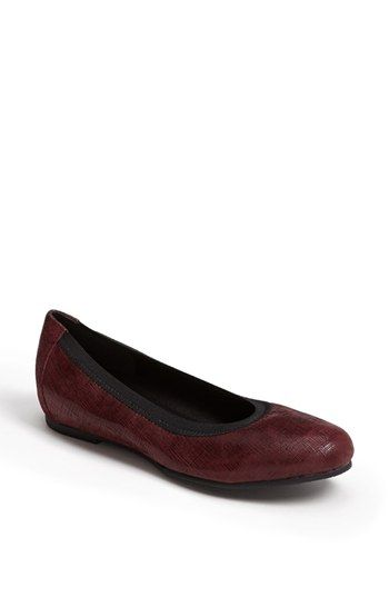 Munro 'Ashlie' Flat available at #Nordstrom. Comes in black 177.
