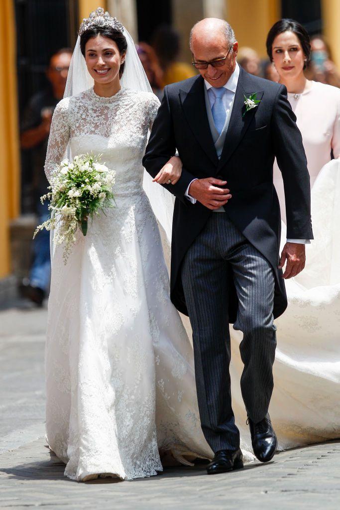 así es el vestido de novia de alessandra de osma diseñado por jorge