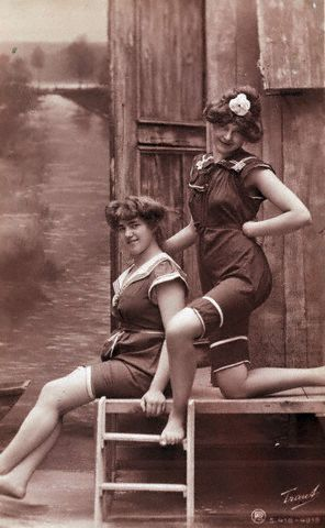 1890's pictures | bygonefashion: 1890's-1920's bathing suit fashion