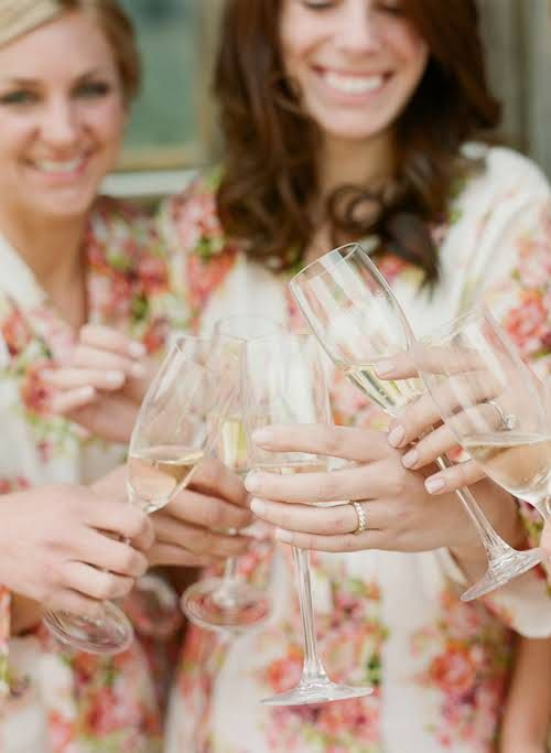 10 things you can't forget to do the morning of your wedding.