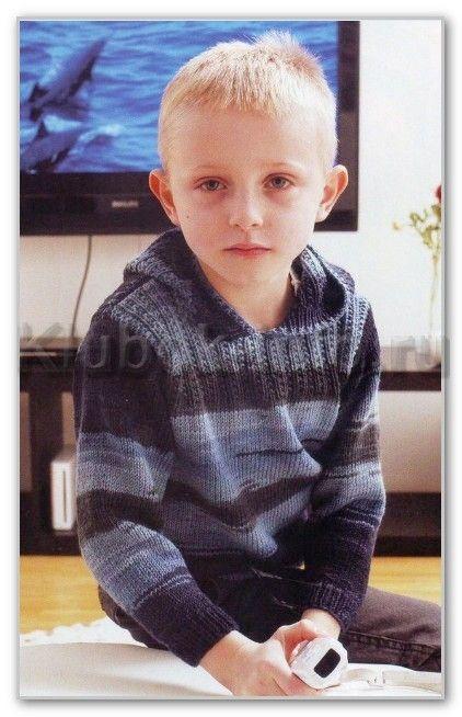Вязание спицами. Джемпер с капюшоном из пряжи секционного крашения, для мальчика 3-4; 6-7; 9-10 лет