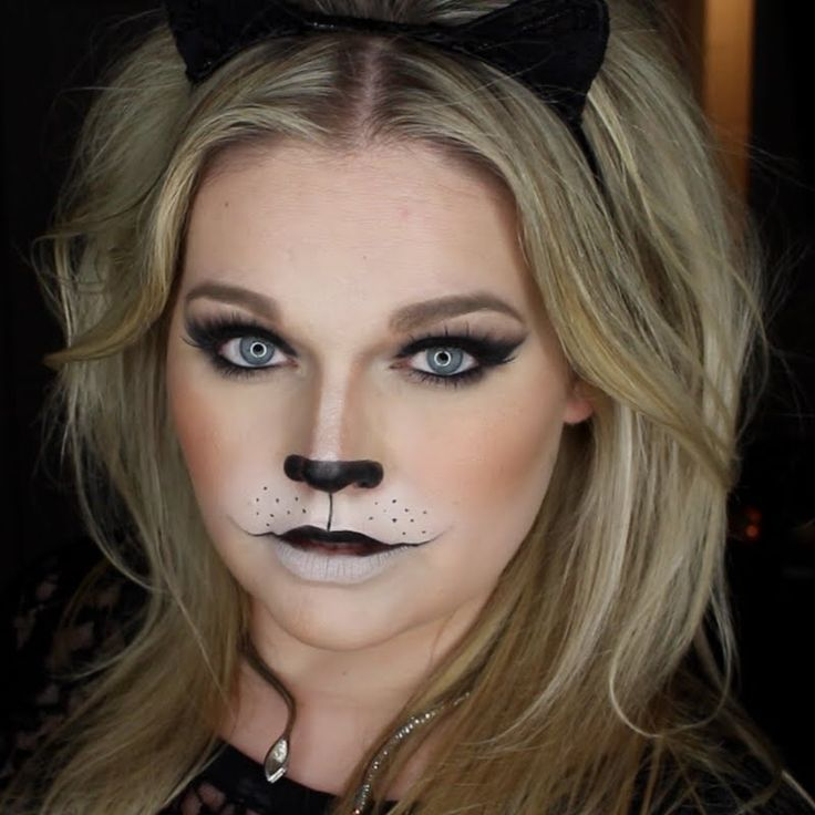 Easy Wearable Black Cat Halloween Makeup