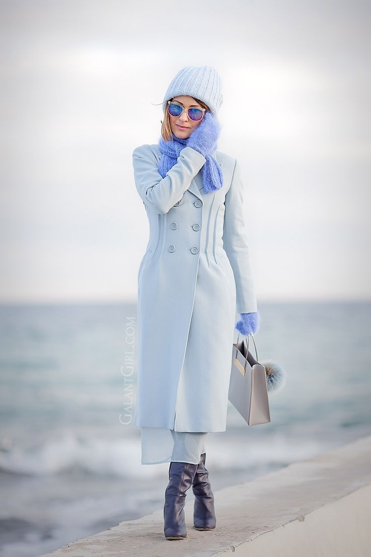 blue+coat+outfit-winter+street+style+ideas-fashion+blogger-ellena+galant