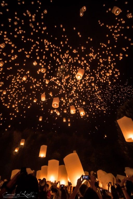 Yi Peng: The festival of lights in Chiang Mai - Thailand travel tips!