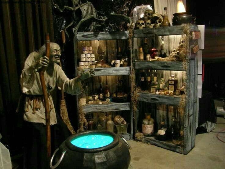Haunted House display for Halloween.