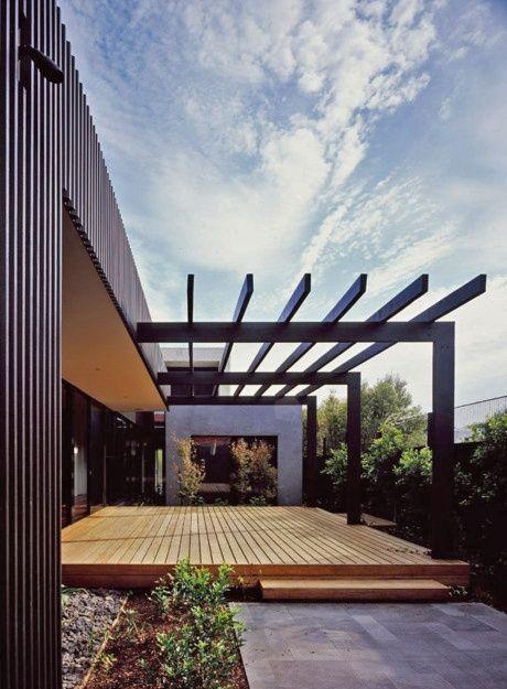 1a843f4de446b015ddfaa13c21a83aff--modern-pergola-modern-deck Backyard Shade Structure Ideas