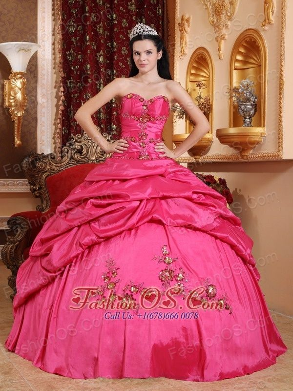 1de42c37129 Pin by Fashionos 2013 Dresses on Hot Pink Appliques 2013 Fashion Quinceanera  Dress in 2019