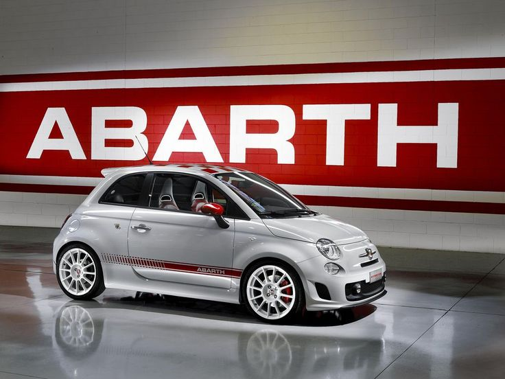 Limited Edition FIAT 500 Abarth with 160 hp/170 lbs torque - now that's SWEET
