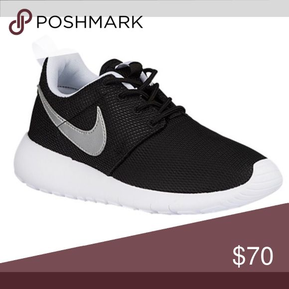 Kids nike roshe 5y Only worn once kids Nike roshe. Were too tight for my foot. In the process of finding the box. Nike Shoes Sneakers