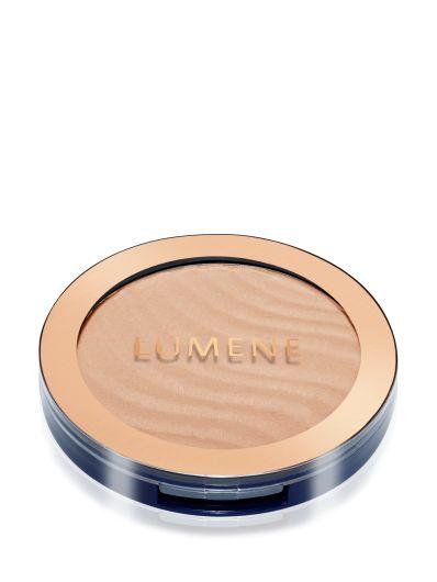 Spring 2016 Trend Report: New York City Spring Glow. Get the look with #Lumene Arctic Sun Bronzers. #makeup #spring #trends