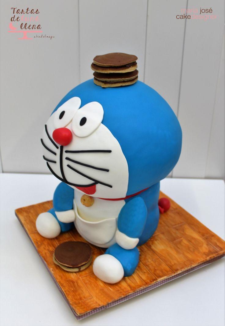 Tarta Doraemon 3D - dorayakis 3D Doraemon cake - dorayakis Bizcocho tallado a mano www.tartasdelunallen.blogspot.com